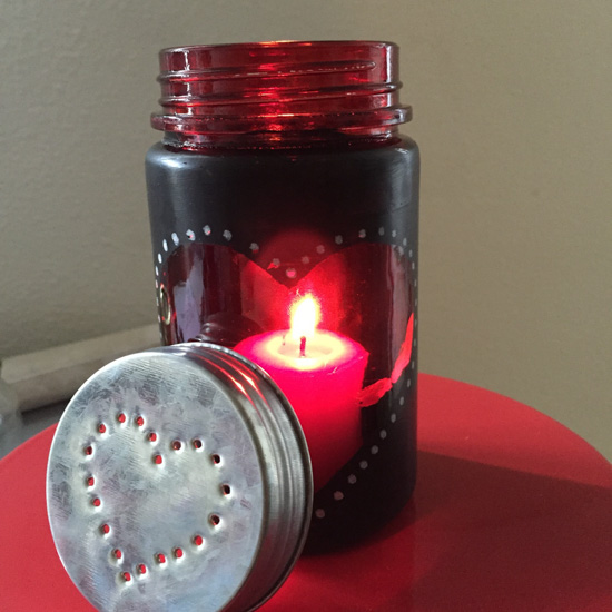 Make your own jar and fill it with love notes. Perfect for thoughtful valentines gifts. - BonnieLindsey.com