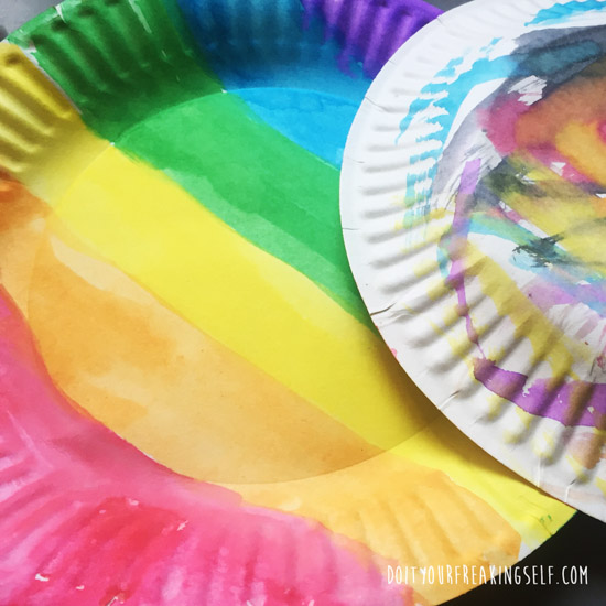 Help the kids catch a leprechaun with these fun and simple paper plate crafts!