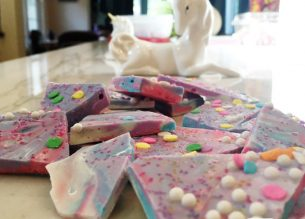 How to make Unicorn Bark. A magical rainbow treat! Also called Unicorn Poop