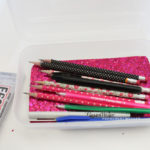 This tumblr inspired DIY Glam pencil box is perfect for that gitter lover in all of us. Dress up a boring clear pencil box for magic school supplies all day long!