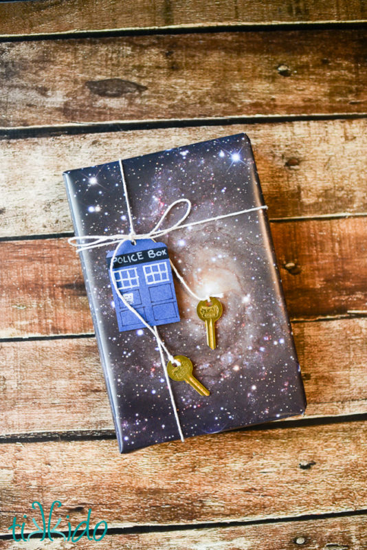 20 fun DIY projects for the discerning Time Lord. Doctor Who Crafts for all skill levels from home decor to gifts and accessories.