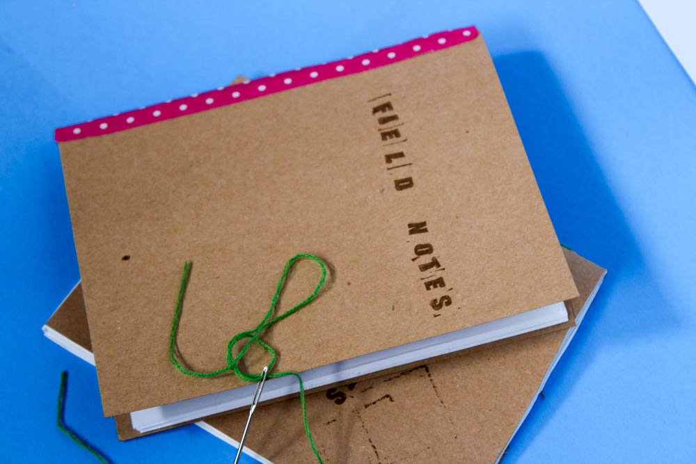 Learn how to make your own DIY Mini Journals with this simple tutorial. Great for back to school, travel notebooks, an gifts!