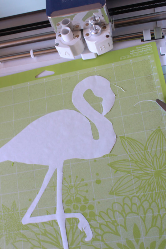 Be a flamingo in a flock of pigeons with the cute DIY Flamingo stencil tote bag! A fun weekend or crafternoon project for all ages with a simple freezer paper stencil! - Flamingo | Abstract Tote Bag | Party Crafts | Market Bag | Summer Tote