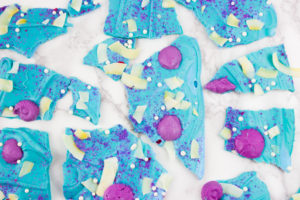 Dive under the sea with some Magical Mermaid Bark! Inspired by your favorite mermaid, this sweet treat is a must have for your summer parties or treat table!