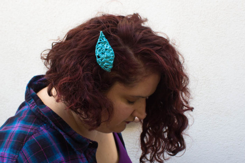 Enhance your fall style with a rich and vibrant new shade and this simpleEasy Metallic Leaf Hair Clip made from hot glue!