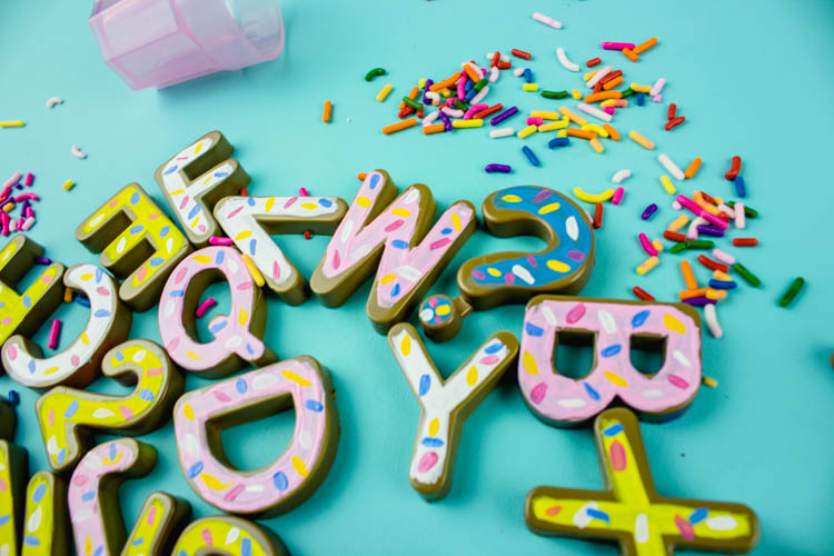 California Donut Magnets - Do It Your Freaking Self | #LetterMagnets #CaliforniaDonuts #kidscrafts| Letter Magnet Idea | #Magnet