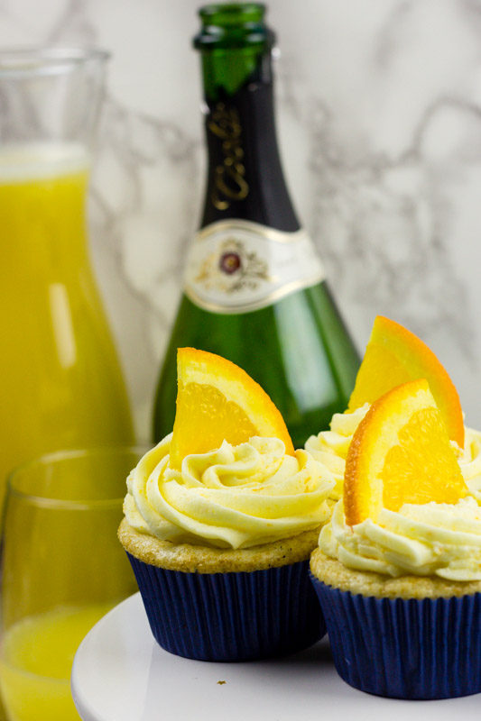 champagne cupcakes - orange frosting - mimosa cupcakes